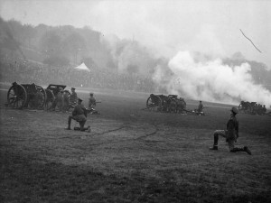 Gun Salute to celebrate the Coronation of George VI in 1937, on The Forest Courtesy of Nottingham Evening Post and www.picturethepast.org.uk