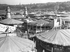 Goose Fair, 1950 Nottingham Post and www.picturethepast.org.uk